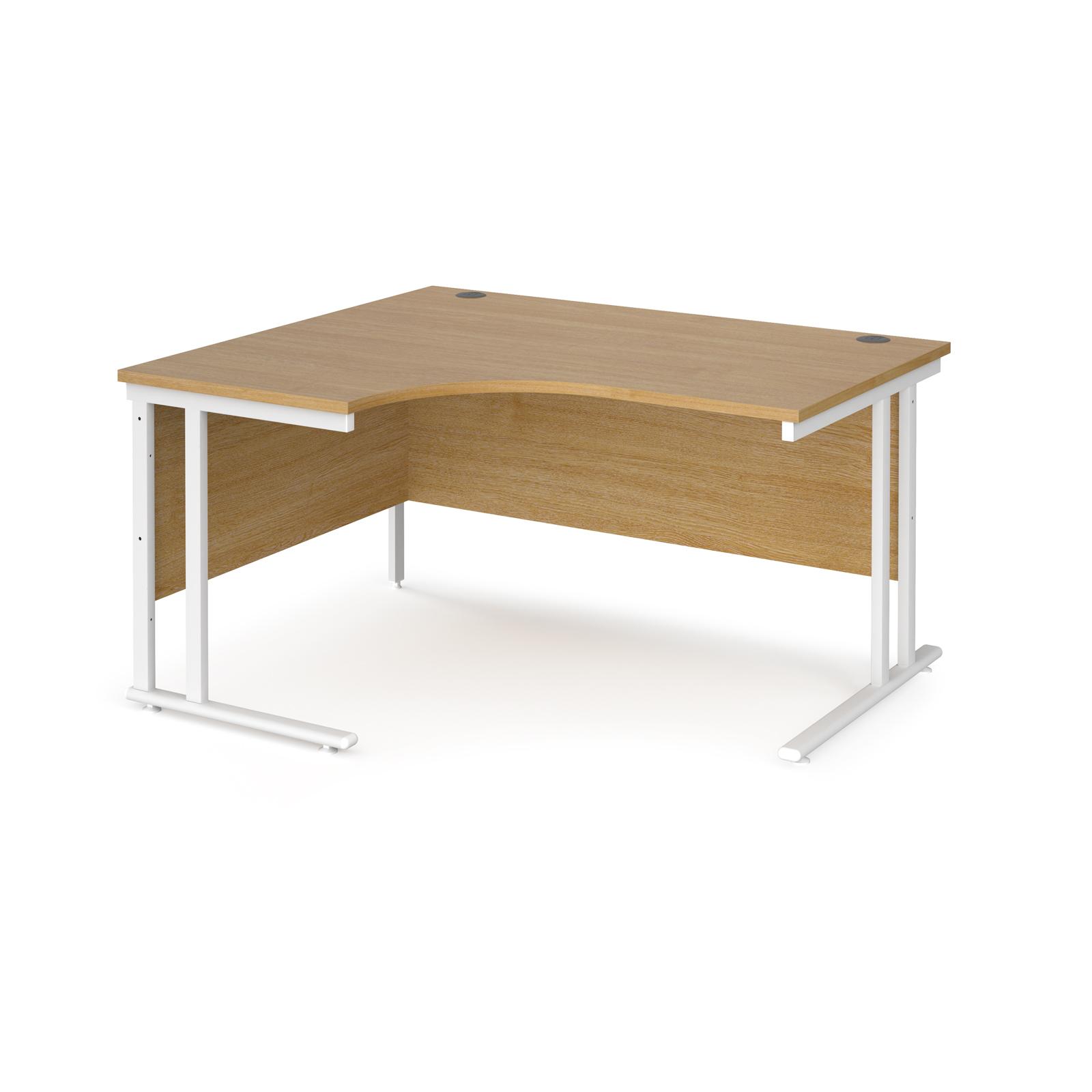 Left Handed Maestro 25 left hand ergonomic desk 1400mm wide - white cantilever leg frame, oak top